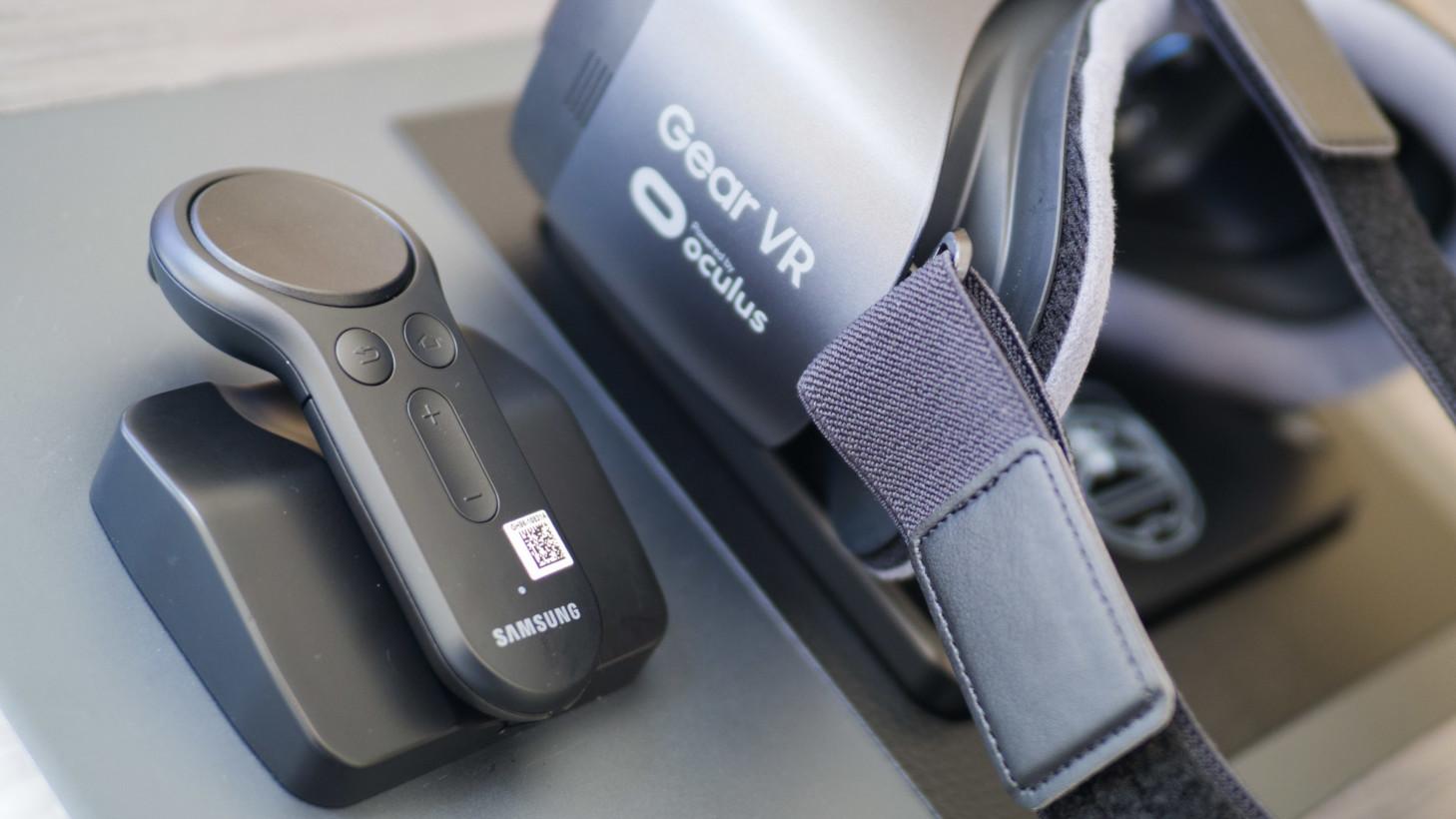 Gear VR avec contrôleur