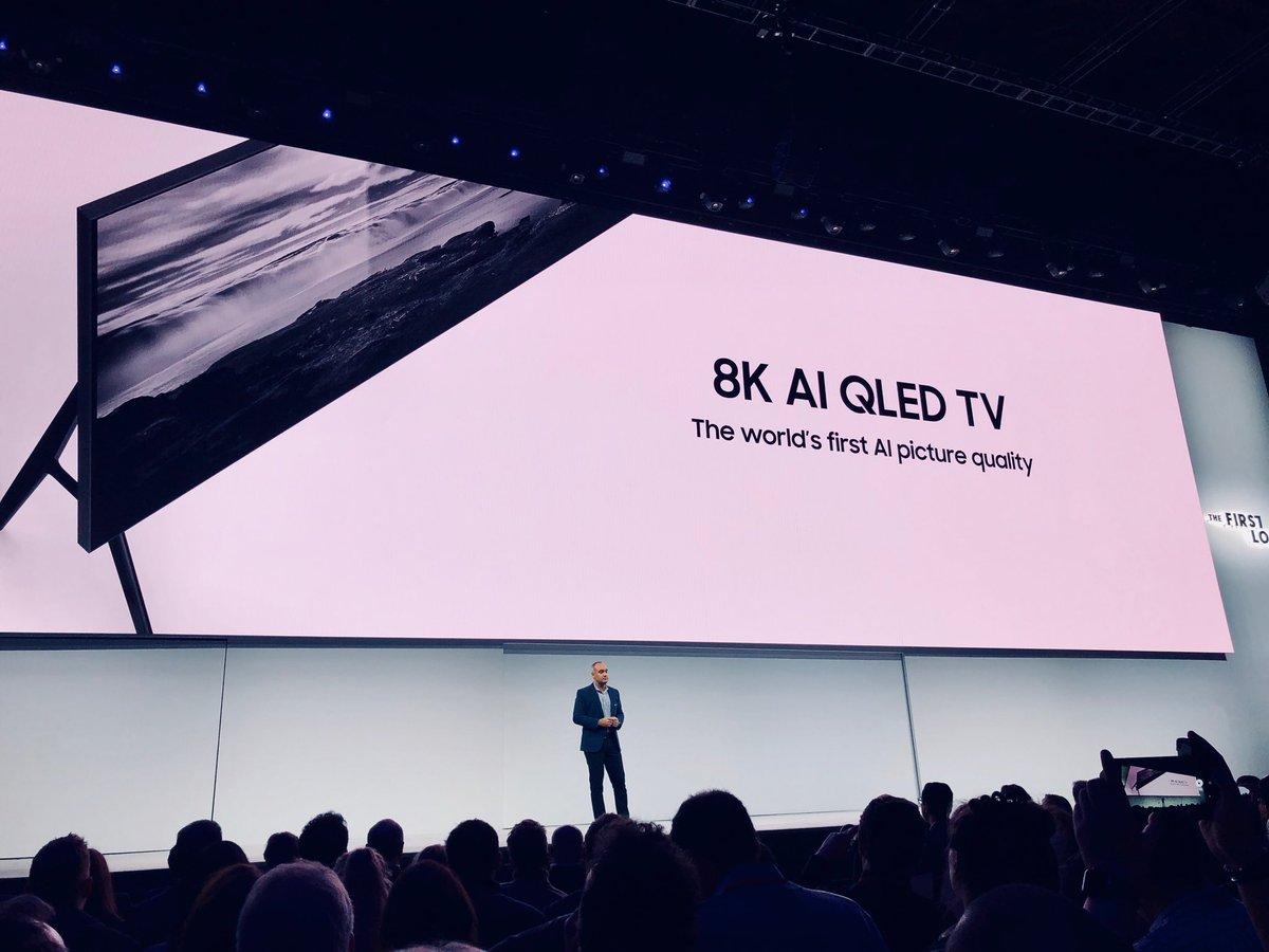 8K AI QLED TV