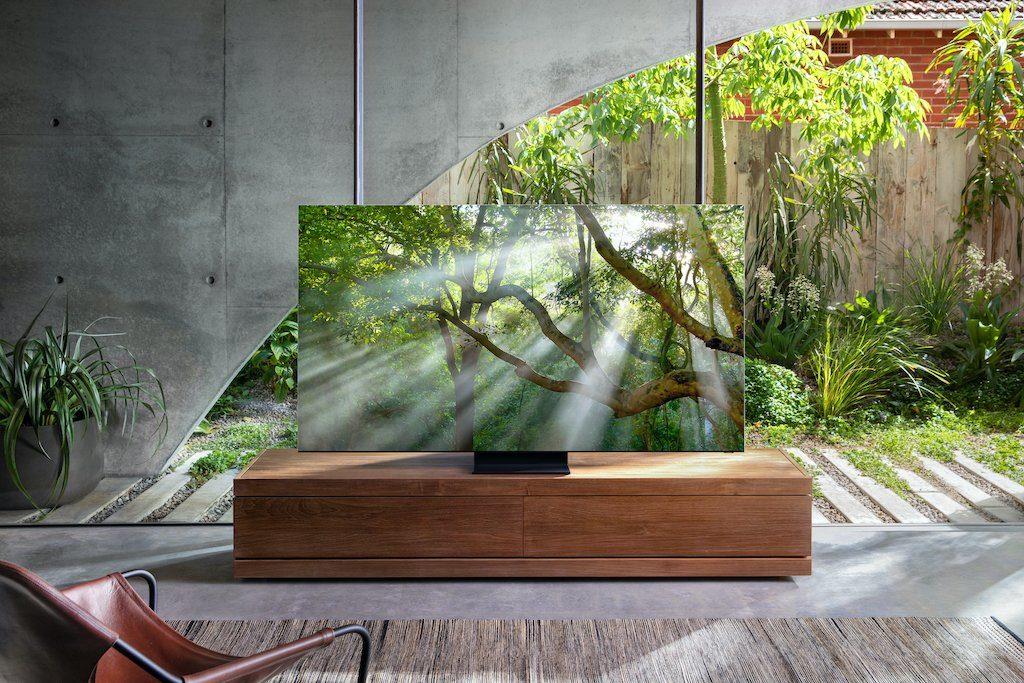 Smart TV 8K sans bords
